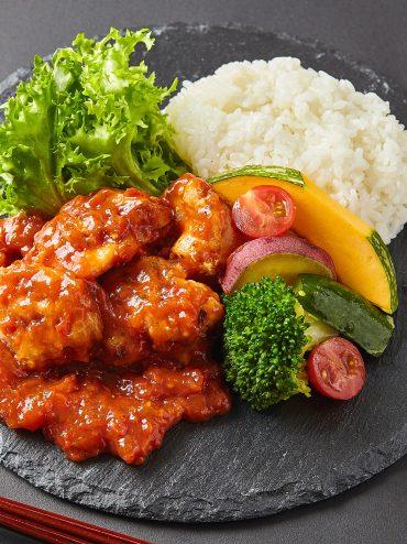 大山鶏の香り豊かなトマトソース煮弁当  【Uber Eats限定メニュ】1200円(税込)