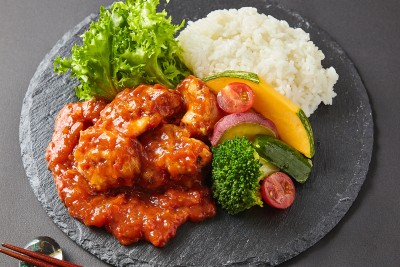 大山鶏の香り豊かなトマトソース煮弁当  【Uber Eats限定メニュ】