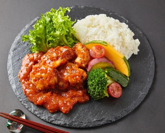 大山鶏の香り豊かなトマトソース煮弁当  【Uber Eats限定メニュ】<!--1200円(税込)-->