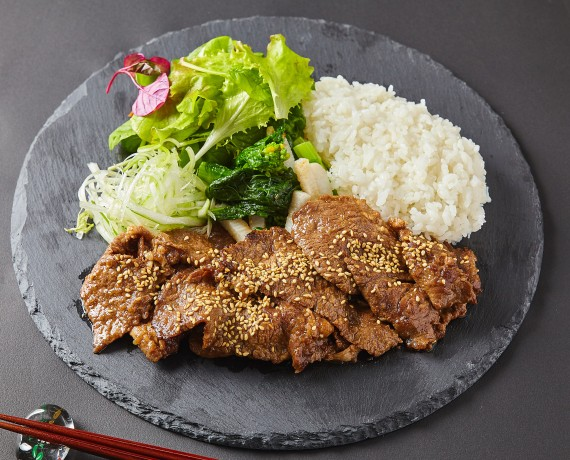 厳選牛焼き肉弁当 【Uber Eats限定メニュー】1300円(税込)