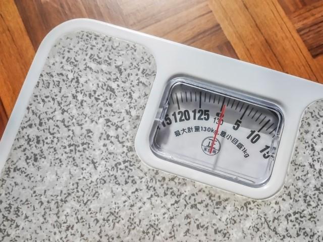 体重計写真